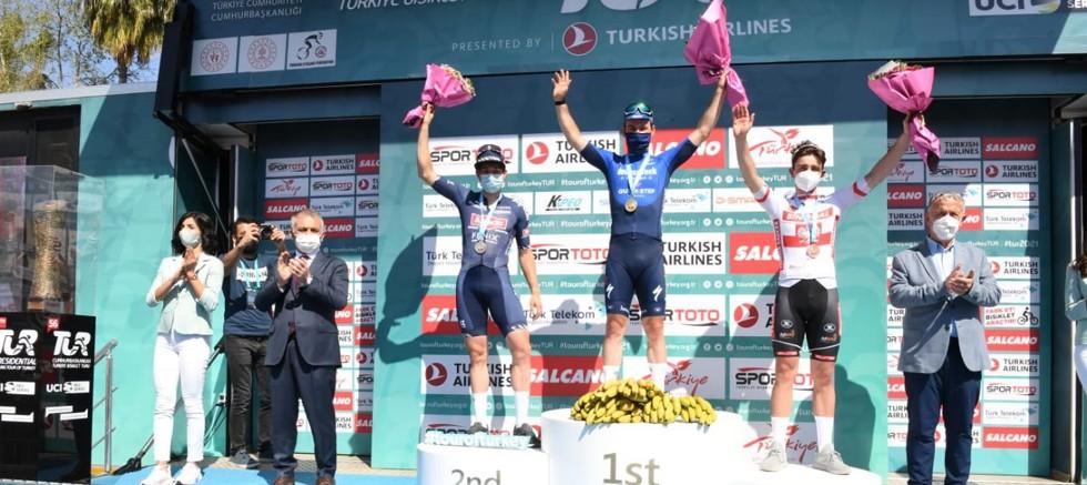 56'ncı Cumhurbaşkanlığı Türkiye Bisiklet Turu'nda 3. Etap Tamamlandı