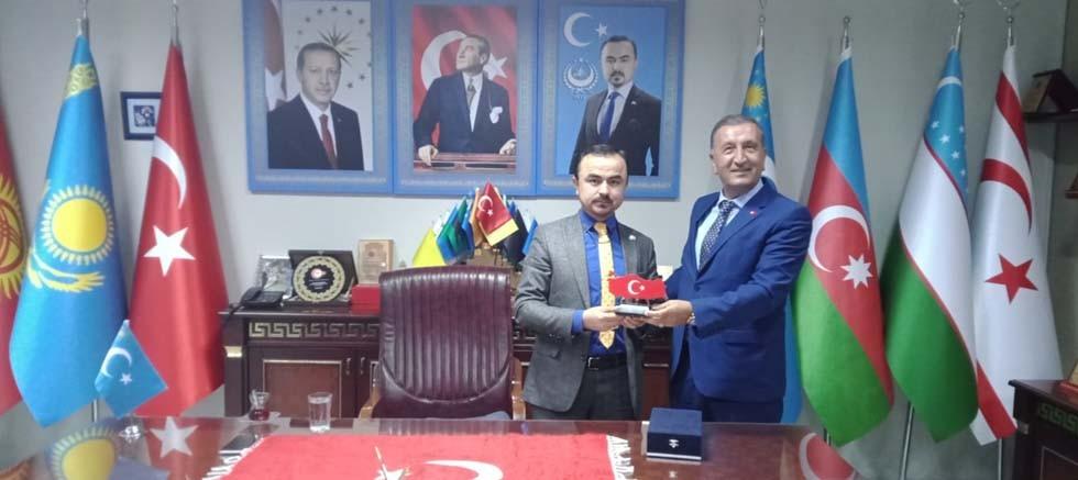 ABP'li Yalçın'dan Doğu Türkistan Cumhurbaşkanı'na ziyaret