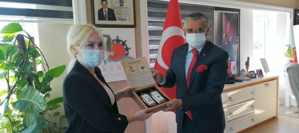 Akdeniz Üniversitesi Rektörü Özkan Kemer Belediyesi'nde