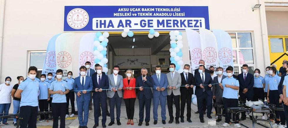 Aksu Uçak Bakım Teknolojisi Mesleki ve Teknik Anadolu Lisesi İHA AR-GE Merkezi Açılışı gerçekleşti