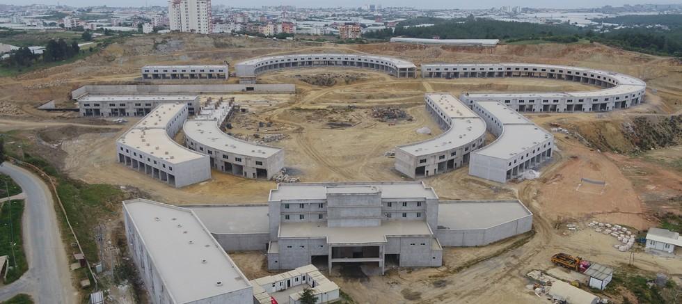 Alanya Toptancı Hal Kompleksi inşaatı devam ediyor