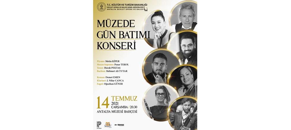 Antalya DOB'dan müzede gün batımı konseri