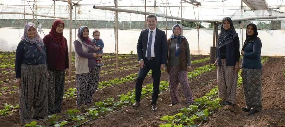 Başkan Köleoğlu'ndan Dünya Kadın Çiftçiler Günü'nde anlamlı ziyaret
