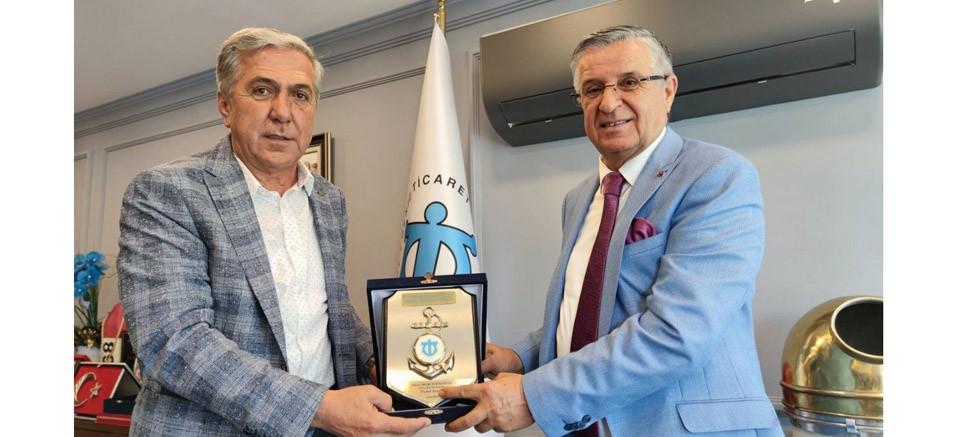 Başkan Topaloğlu İMEAK DTO Antalya Şube Başkanı Çetin'i ziyaret etti