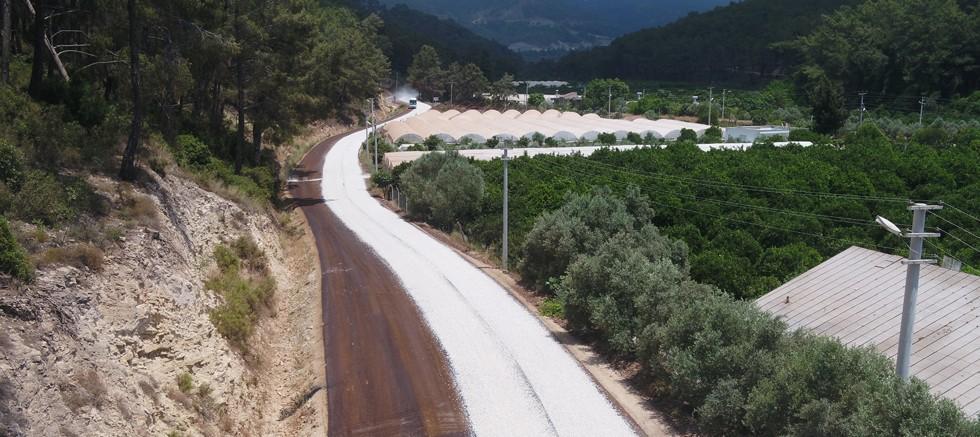 Büyükşehir 2021 asfalt sezonuna Beşikci'de başladı
