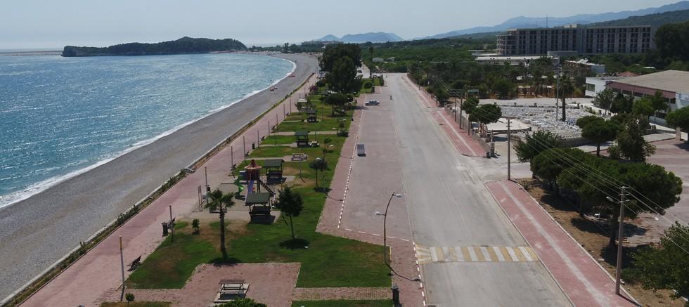 Büyükşehir; Demre sahil bandını güzelleştiriyor
