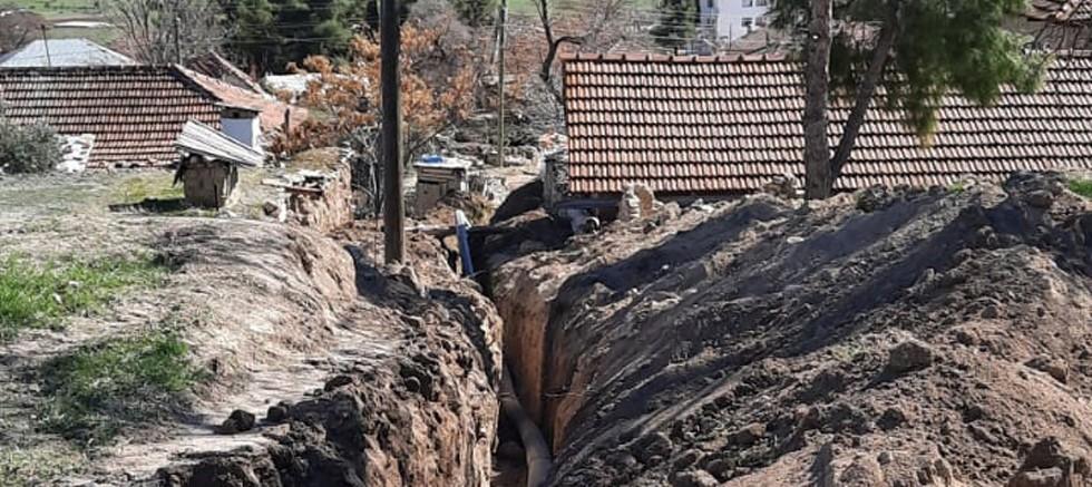 Büyükşehir'den Korkuteli'de içme suyu hat çalışması