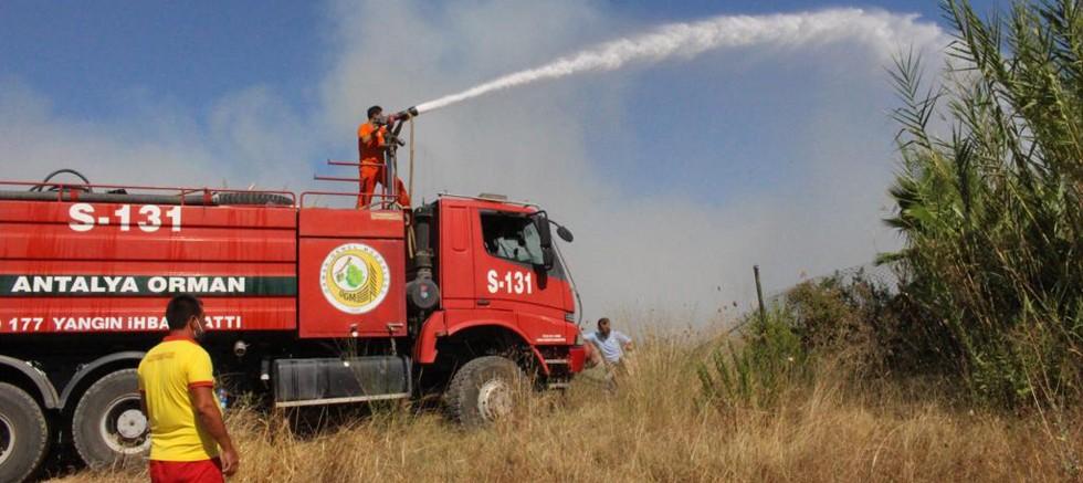 Büyükşehir'in hafta sonu yangın mesaisi