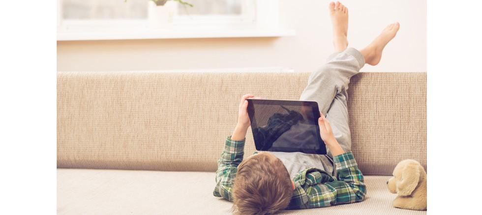 Çocuk İçin İçerik Derneği Dijital Çağda Çocuk Olmaya Dikkat Çekti