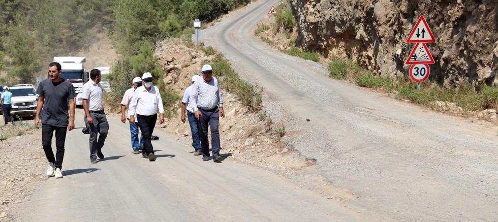 Gazipaşa Sugözü grup yolu asfaltlanıyor