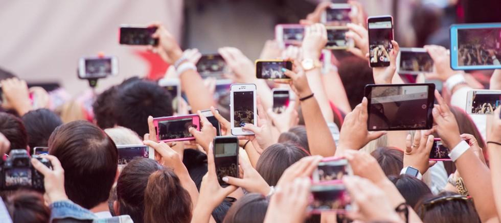 Geleceğe damgası vurması beklenen cep telefonu teknolojileri