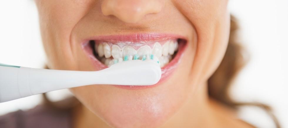 Kırmızı Et Yedikten Sonra Kürdan İle Dişleri Temizlemek doğru mu?