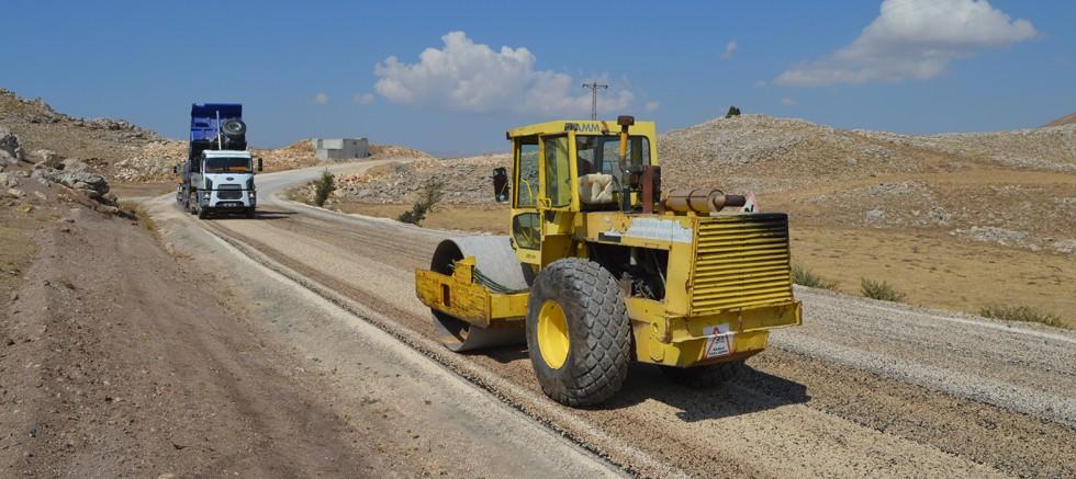 Korkuteli Çığlık yayla yolu asfaltlanıyor