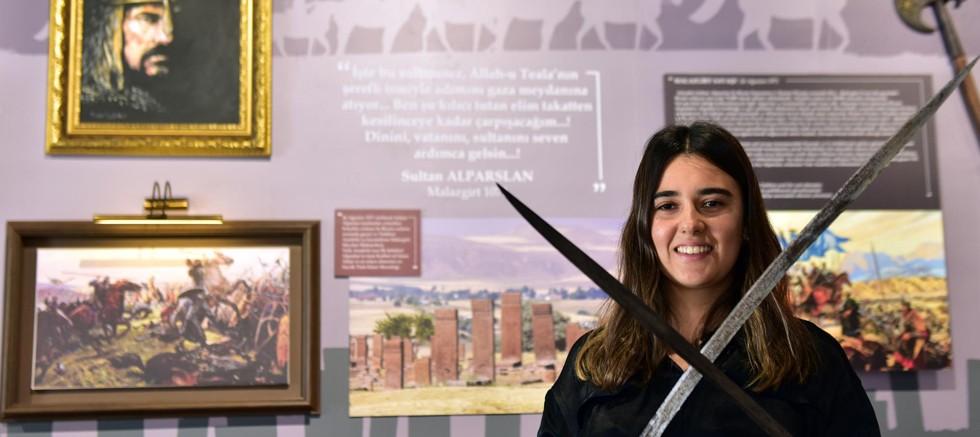 Malazgirt destanı Anadolu Şehitler Müzesi'nde