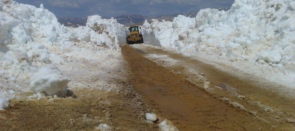 Manavgat, Akseki ve Gündoğmuş'un karla kaplı yayla yolları açıldı