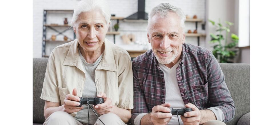Oyun dünyasının yeni üyeleri 55-64 yaş aralığında