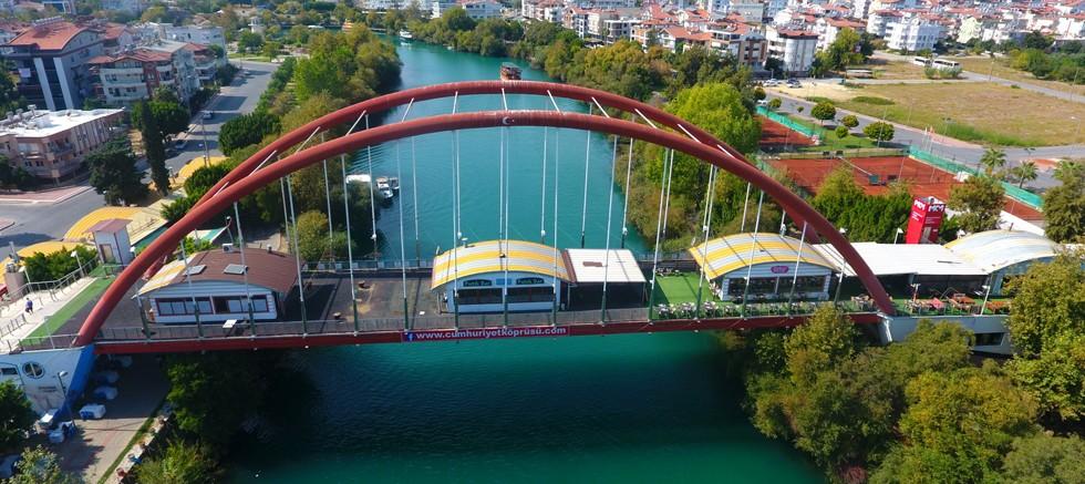 Rauf Denktaş Köprüsü ve Balık Pazarı muhteşem projeyle yenileniyor