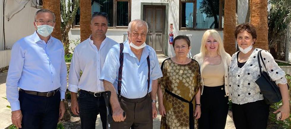 Rektör Özkan hayırsever Dr. Hasan Ünal ile görüştü