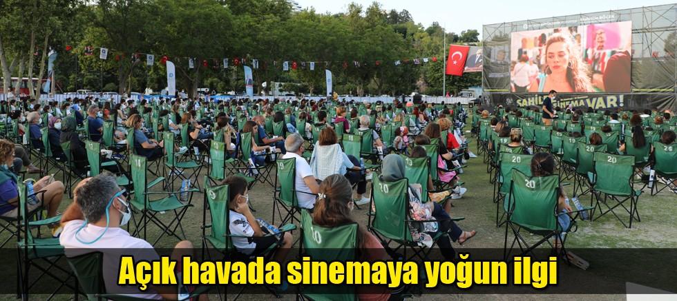 'Sahilde Sinema Var' Antalyalıları buluşturdu