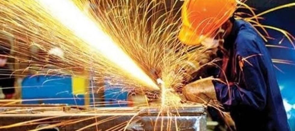 Sanayi üretimi yıllık %13,8 arttı
