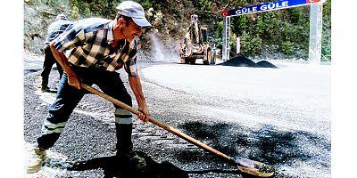 Alanya kırsalında yol bakım ve onarım çalışması
