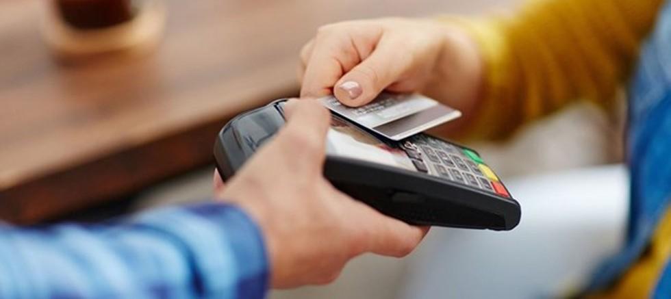 Ticari kredi kartlarının kullanımı hızla yaygınlaşıyor