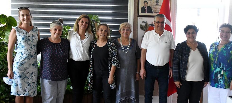 Toprak Ana Kooperatifi üyeleri Başkan Topaloğlu'nu ziyaret etti