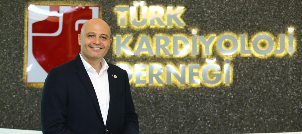 Türk Kardiyoloji kalp yetersizliğinde farkındalığı artırmak için yola çıktı!