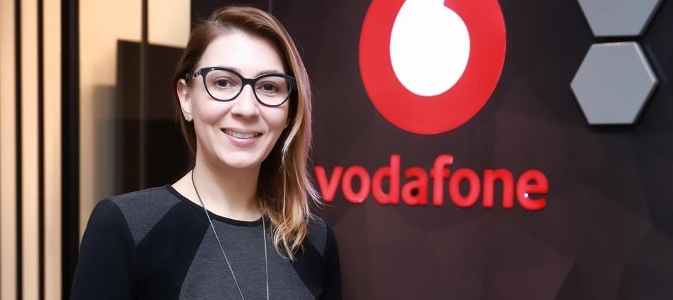 Vodafone'un dijital tarım istasyonu ile tarlaya uzaktan takip